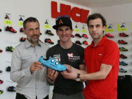 Zapatillas Luck Revelator personalizadas para Carlos Coloma