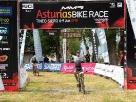 MMR Asturias Bike Race: Ismael Esteban y Natalia Fischer ganan la tercera etapa