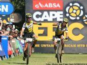 Absa Cape Epic: Schurter y Stirnemann repiten victoria y afianzan el liderato