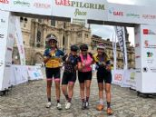 La Pilgrim Race conquista la Plaza del Obradoiro con su llegada a Santiago